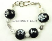 Black and White Lampwork Beaded Bracelet