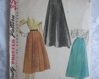 Vintage 1940s or Early 1950s Simplicity 4374 Gored Skirt Pattern Waist 28, 2 lengths, Day and Evening