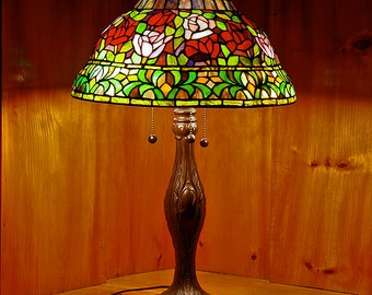 "15"" Rose Bell Top Stained Glass Lamp Shade"