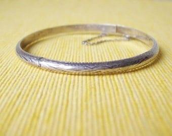 Vintage Etched Sterling Silver Hinged Bangle Bracelet