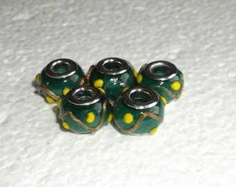5 Green Murano Lampwork Beads