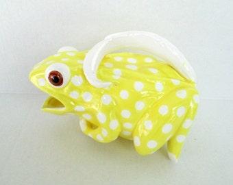 Polka Dot Frog Pitcher Planter Vase /Yellow & White Vintage 1970s Mann Japan