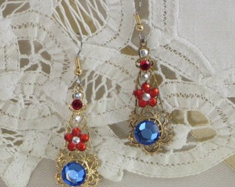 Patriotic USA - RED WHiTE and BLUE - Dangle EARRINGs