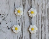 White Resin Flower  Cabochon Scrapbook- Daisy Resin- Embellishments-Cabochons Flatback Scrapbook- Resin Flower- Headband Supplies