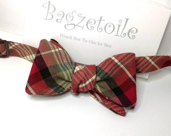 Mens bowtie, plaid, freestyle bow tie, ajustable, red, green, blue, white, self tie