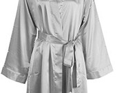 Gray Sating Robe, Bridesmaid Robe, Bridesmaids Robe, Gray Bridesmaids Robe, Personalized Satin Robe, Grey Robe Silver Silk Robes Monogrammed