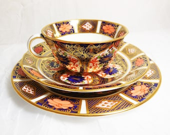 Vintage Royal Crown Derby - Old Imari - Teacup Trio Collectors Set  6149