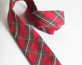 Vintage Men's Red Plaid Skinny Tie
