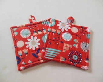 Potholders, Set of Two Quilted Potholders, Pair of Poppy Potholders