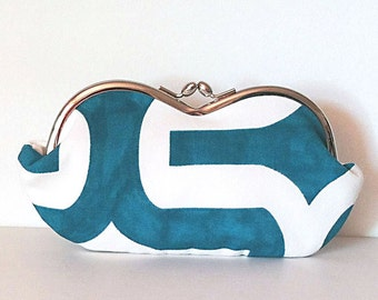 Turquoise case for sunglasses, large sunglass case, sunglasses case, eyeglass case, sunglass holder, small clutch, coin purse, clasped case