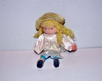 1984 Applause Doll with original tag attached