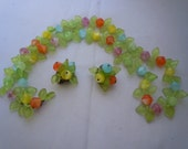 Vintage Necklace Earrings set Pastel Glass Beads Green Leaves W. Germany