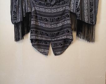 Ladies Size Medium Black and White Elephant Print Fringe Blouse