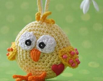 Crochet chicken ornament - pattern, DIY