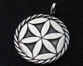 Silver Svarga pendant