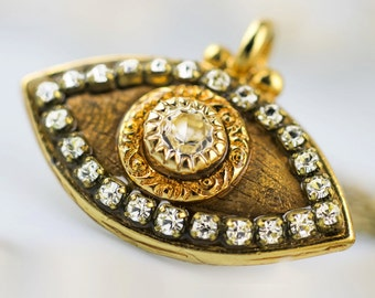 Golden Evil Eye Pendant Necklace for You!