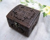 Jewelry box Ring box Wooden box Carved wood box Jewellery box Jewelry boxes Wedding gift Medieval box schatulle boite bijoux wedding box B41