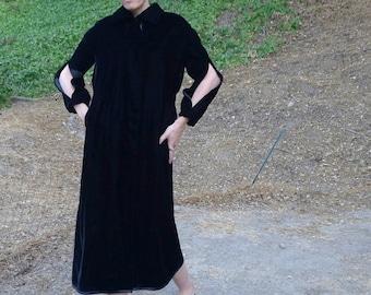 VTG Candi Wrap Black Velvet Coat Lord & Taylor long Arms slits