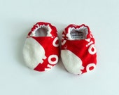 Pig says Oink Crib Shoes - Infant Sizes - New Baby Gift