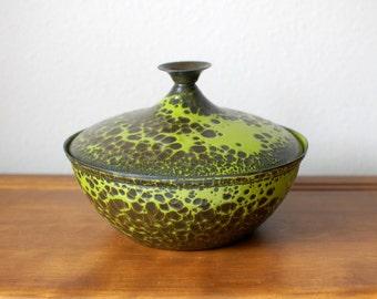 Hanova mid century modern green enamel covered dish lava brutalist