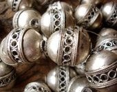 Moroccan tarnished shiny medium ornate barrel bead with circles
