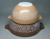 pyrex cinderella mixing bowls - 2 -  brown and tan colors with flowers - 442 1.5 L and 441 750 ml