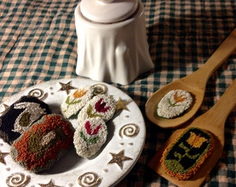 Spring  Things Punchneedle Hanging Spoon and Spatula