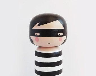 KOKESHI DOLL Thief