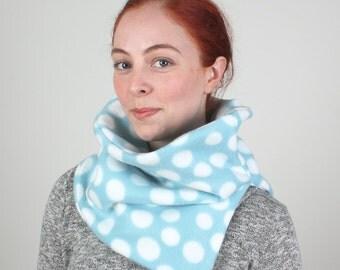 Blue winter cowl, Blue neck warmer, Blue cowl, Blue chunky cowl, Blue cowl scarf, Blue winter scarf, Blue winter infinity cowl, Blue scarf