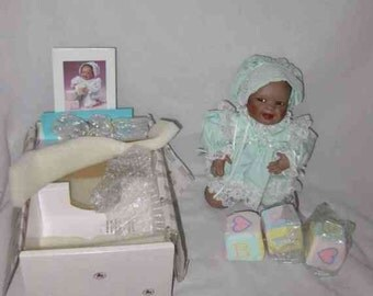 "So Sweet 10"" 1993 Ashton Drake Yolando Bello SHAWNA Doll Box"
