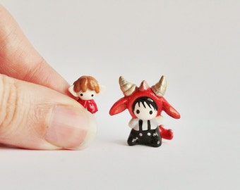 Miniature Dragon & Hobbit set - tiny Hat Baby in a Smaug costume with Bilbo doll