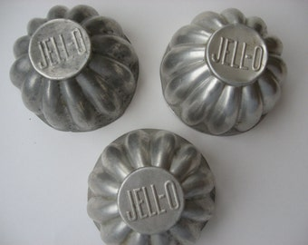 Vintage Tin 1950s Mini JELL-O Molds Great for Craft Projects