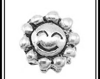 SALE for 5 Pcs. - SMiLEY FaCE SUNSHiNE or SUNFLOWER - ANTiQUE Silver Charm Bead - fits European Bracelets - MS