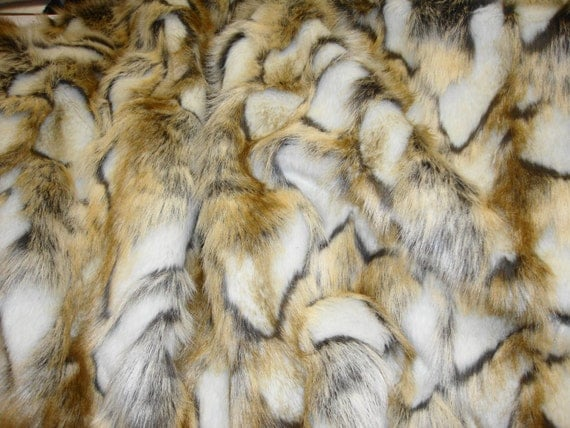 8 X10 Gold Brandy Fox Fur Faux Fur Rug Rectangle