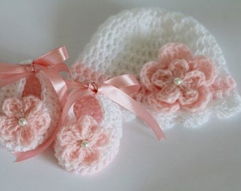 Crochet Baby Hat Beanie and Booties, Size Newborn,  0-3 Months Baby Girl Hat White Salmon Pink Gift