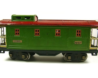 Antique Lionel Prewar Red And Green Caboose No 517