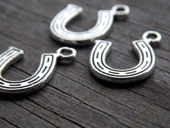 10 Silver Horseshoe Charms 16mm Antiqued Silver