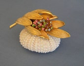 Vintage Fashion Jewelry HYACINTH FLOWER Brooch Colorful Crystal Accents