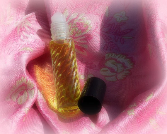 Lady Pamela's Lily of the Valley Natural Perfume Oil, Alcohol Free, Travel Size