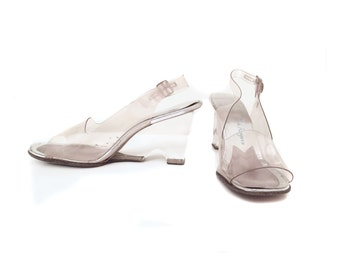 Clear Lucite Wedge Sandals with Slingback Buckle Size 8N Super Mod Style Pin Up Girl Formal Shoes Dress Up Prom Wedding Bridesmaid
