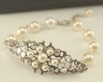 Vintage inspired antique silver art deco Swarovski crystal rhinestone bridal bracelet -Wedding jewerly - Antique silver bracelet