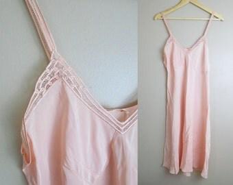 Vintage NOS 1930s Slip by Yolande Hand Made Detail 36 Medium Large Peach Pink Rayon so sweet!