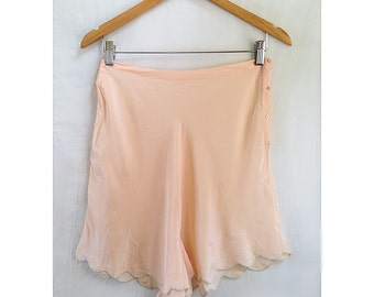 Vintage 1930's Silk Tap Shorts / Peach Silk Tap Shorts M / 1930's Light Pink Tap Shorts M / Vintage Lingerie