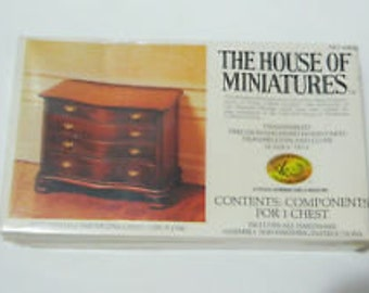 Vintage Dollhouse Furniture House of Miniatures Chippendale Serpentine Chest Circa 1760 No 40050