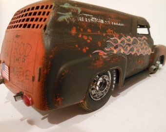 Classicwrecks Scale Model Car 1/24 Ford Truck in Black and Rust