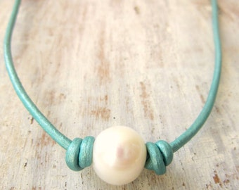 Turquoise Leather and Pearl Necklace.Pearl Choker Necklace.Large White Pearl & Leather Necklace.Rustic Jewelry.Leather Jewelry.Pearl Jewelry