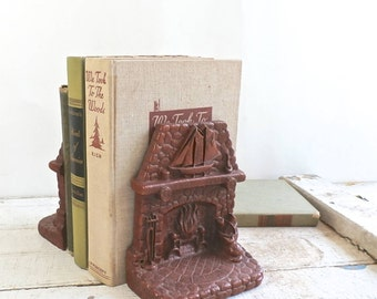 Vintage Bookends - Syroco Bookends - Fireplace Mantel - Ship Model - Cat - Pipe - Desk Accessory - Collectibles - Office Supplies