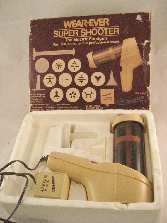 Wear Ever Super Shooter Electric Cookie Press by gngsvintage