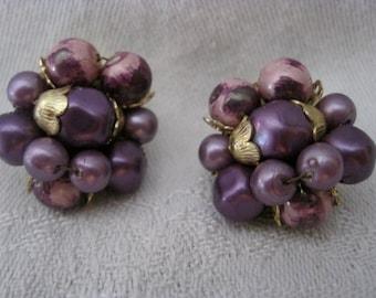 Vintage 50's Purple Plastic Cluster Clip On Earrings