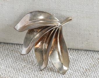 DECO Leaf Pin Brooch 12K  Gold 1/20 Plate Signed A. Regel //  Vintage Jewelry